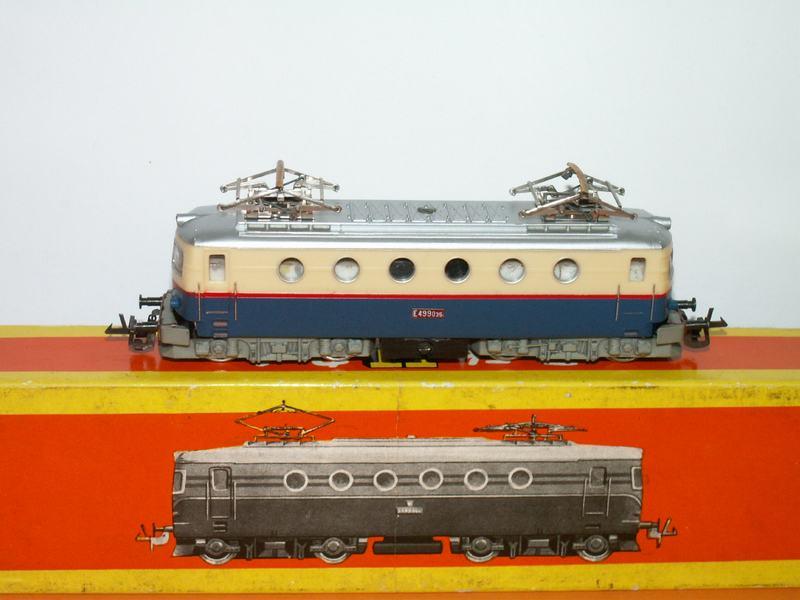 Elektrická lokomotiva E499 ČSD TT starší provedení  5b422b827ef